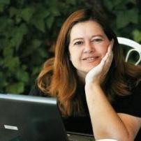 Carmen Fernández Etreros