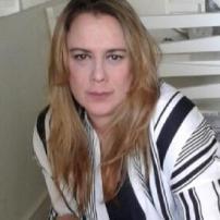 Fernanda F. Viel