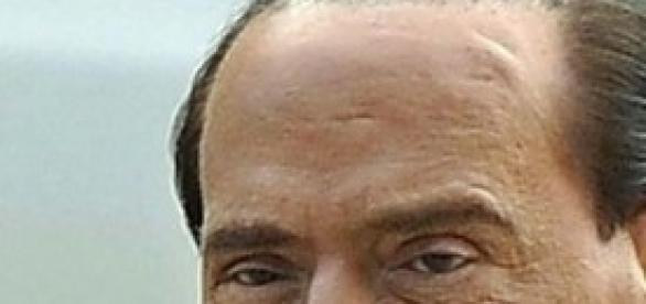 Silvio Berlusconi: sì alla sua decadenza