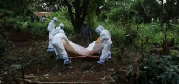 El ébola dejará muchas escenas como esta.