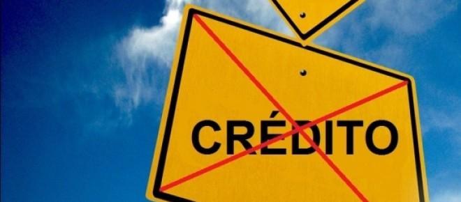 Consumidores com o nome limpo nos organismos de proteção ao crédito não conseguem aprovação de crédito
