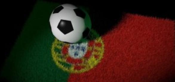 Portugal vence rumo ao Euro2016