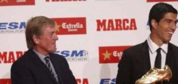 El delantero uruguayo culé con Kenny Dalglish
