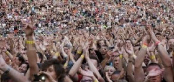 Legiões de fãs por vezes digladiam-se em shows