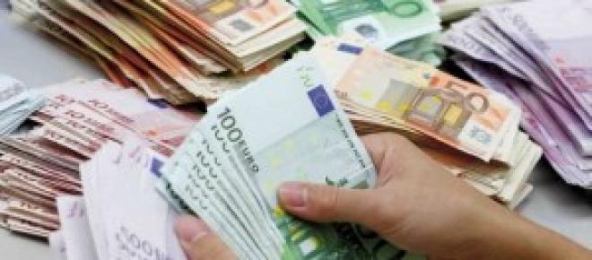 soldi e donne binomio al potere