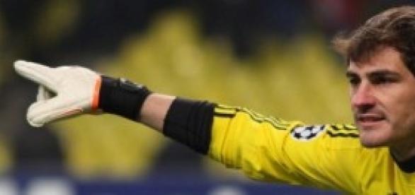 Iker Casillas en un partido.