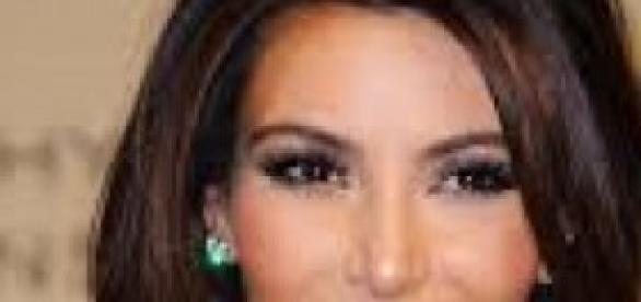 Kim Kardashian es la abanderada del braless
