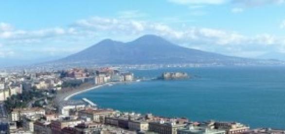 De Magistris torna a fare il Sindaco di Napoli