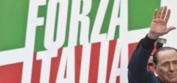 Berlusconi in un commosso saluto ai suoi fan