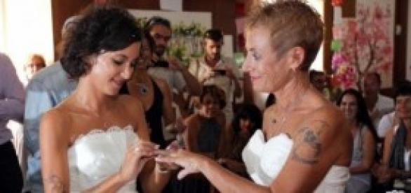Regole per i matrimoni gay celebrati all'estero