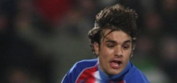 Pedro León con la camiseta de su club, el Getafe.