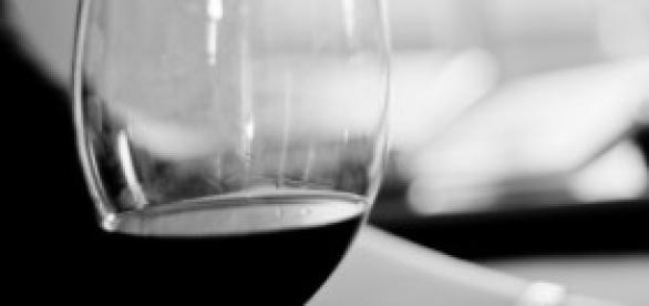 Ya no se recomienda una copa de vino diario