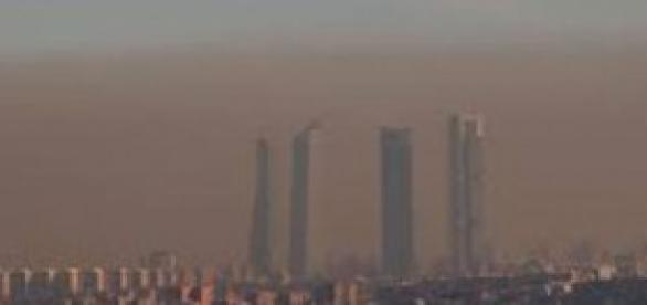 Contaminación en el cielo de Madrid.
