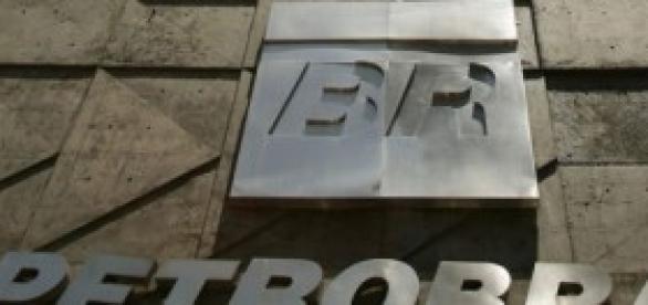 Agora Petrobras é manchete das páginas policiais.