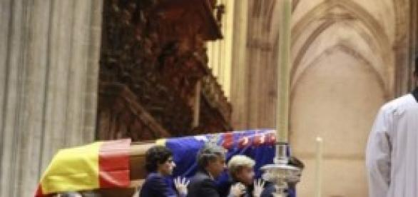 Funeral de la duquesa de Alba en la Catedral.