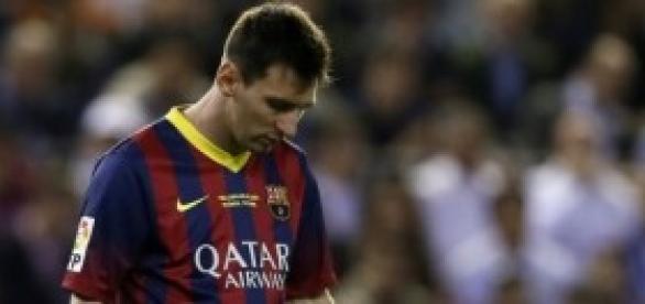 Messi, cabizbajo en el campo: Foto: pulzo.com