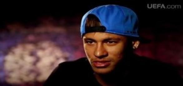 Neymar está na lista do prêmio Bola de Ouro
