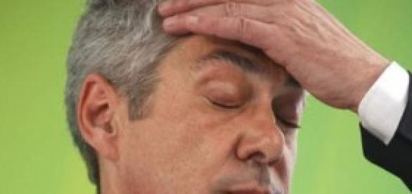 As dores de cabeça de Sócrates