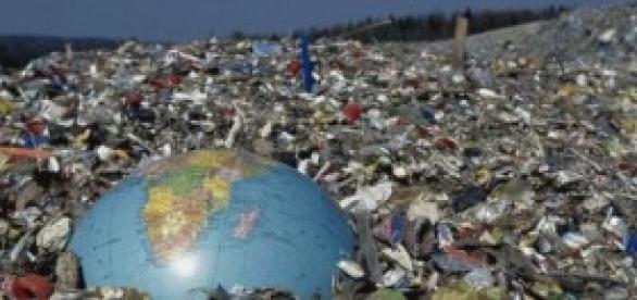 Estamos jogando nosso planeta no lixo!