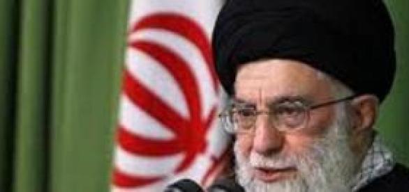 Líder iraniano aiatolá Ali Khamenei