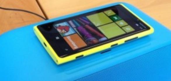Lumia 930 vs otros móviles