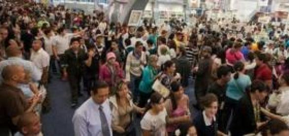 El público abarrota la feria
