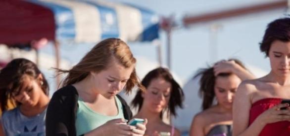 A geração telemóvel desvaloriza a língua materna