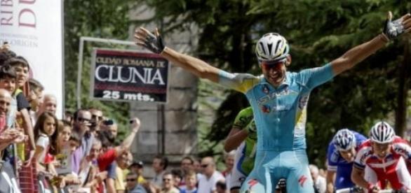 El Astana respira hondo al fin
