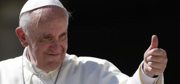 Papa começa a transformação da Igreja Católica