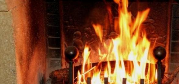 Faut-il éteindre le feu de cette cheminée à Paris?