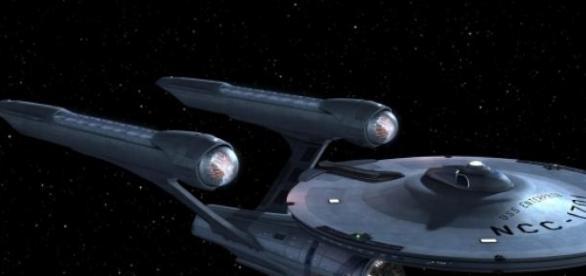La nave Enterprise y el espacio profundo