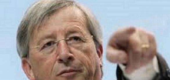 Juncker pone orden y elimina 80 normativas.