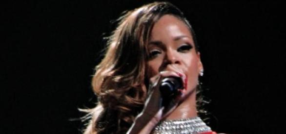 Cantora Rihanna é a nova embaixadora da Puma.