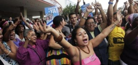 cubanos celebran el intercambio de prisioneros