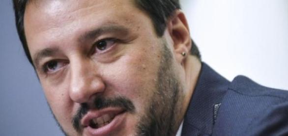 La presentazione di Salvini della Lega del Sud