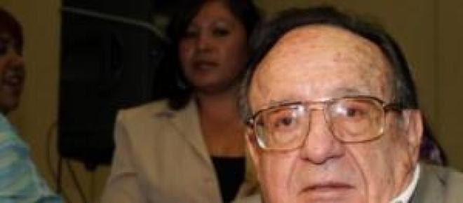 Roberto Gómez Fernández, yace en panteón francés.