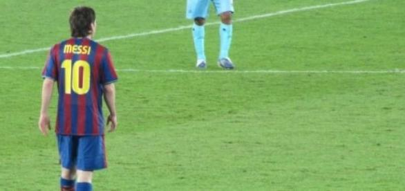 Messi se marcha de vacaciones marcando un doblete