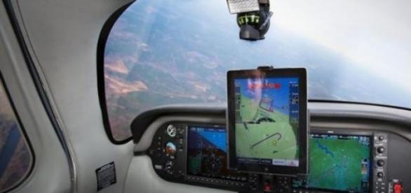 Aterrizar un avión con una tablet es posible