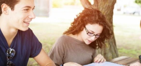 Saber outro idioma ajuda na carreira profissional