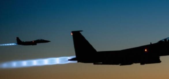 Yihadistas derriban un avión del ejército jordano.