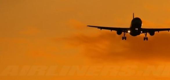Zborul cu avionul si avantajele acestuia