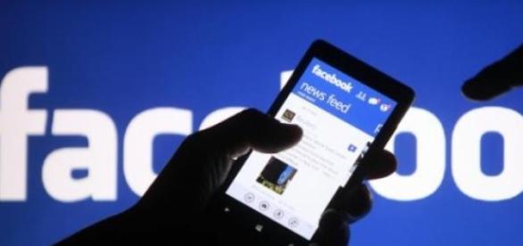 Facebook, intre avantaje si dezavantaje