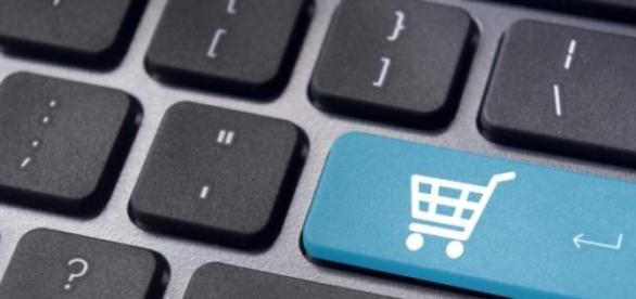 cumparaturile online sunt la moda