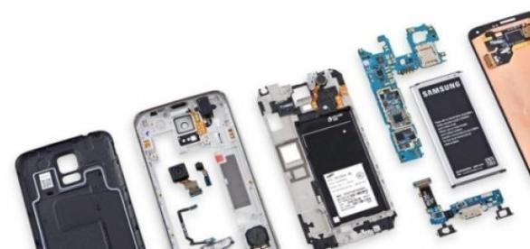 Samsung S5, abierto y con todo detalle