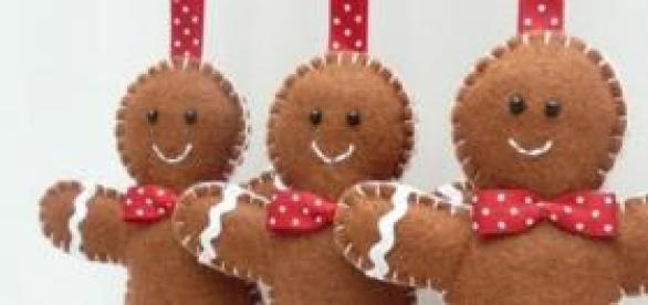 Addobbi natalizi fai da te per bambini idee con pasta di for Addobbi natalizi per porte