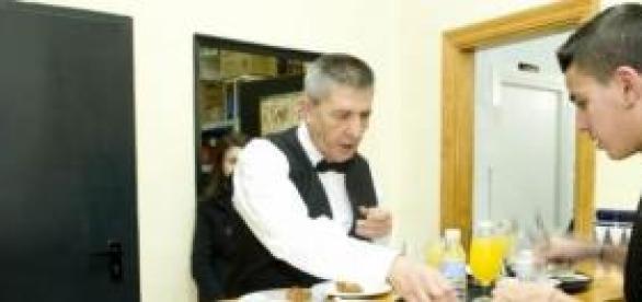 El camarero debe saber protocolo