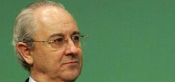 """De corpo inteiro"" a primeira biografia de Rui Rio"