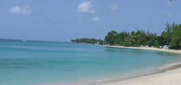 Playa de Okinawa, vacía.,.