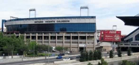 Estadio Vicente Calderón junto al rio Manzanares