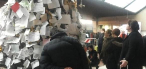 L'albero dei desideri alla stazione di Firenze